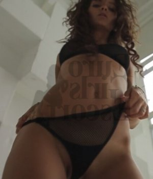 Marie-pauline escort girls