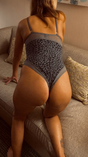 Janique adult dating and incall escorts