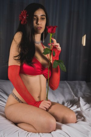 Cyprille incall escort, casual sex
